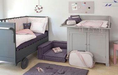 chambre bebe fille couleur taupe gris et rose