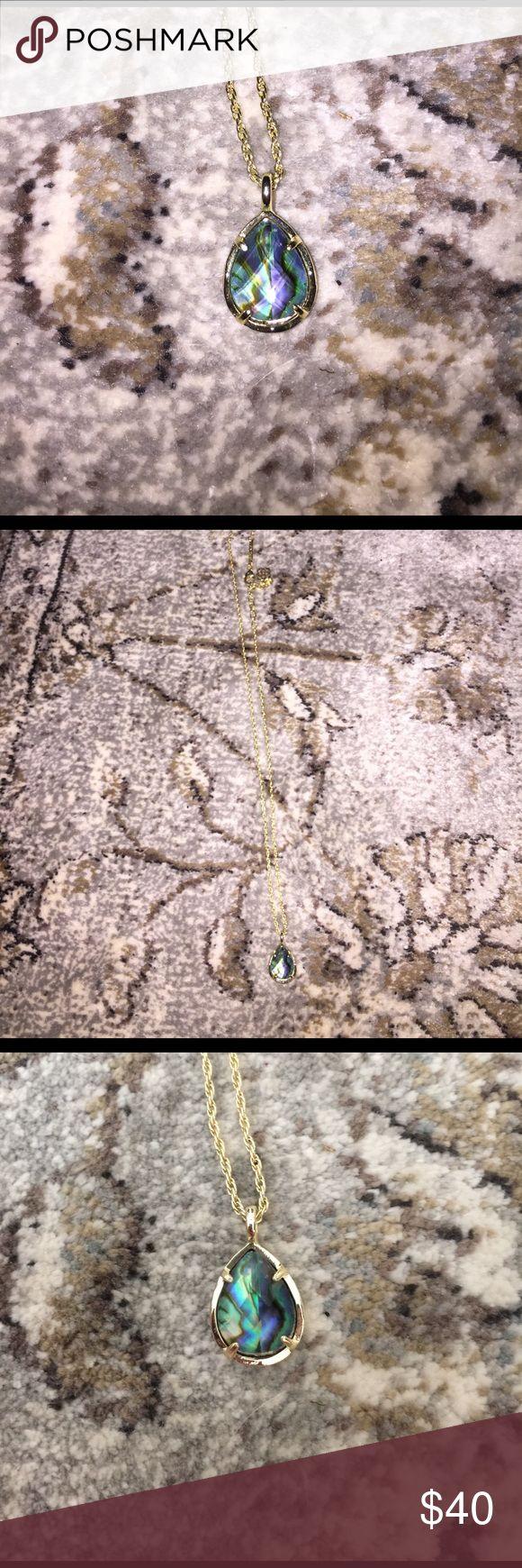 Kendra Scott Abalone & Gold Necklace Kendra Scott Abalone & Gold Necklace Kendra Scott Jewelry Necklaces