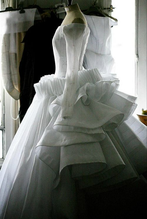 Toile look inside the atelier for Christian Dior haute couture s/s 2009: