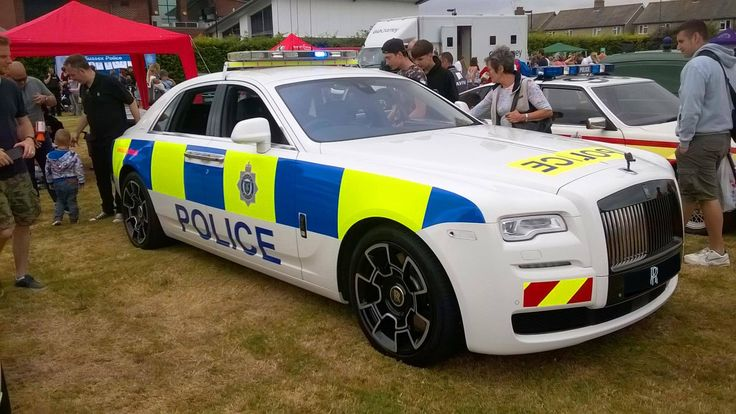The world's greatest Police car? Flick through this list and tell us your favourite #cardoings #cars #supercars #auto #BMW #Audi #Mercedes #Deals #automotive