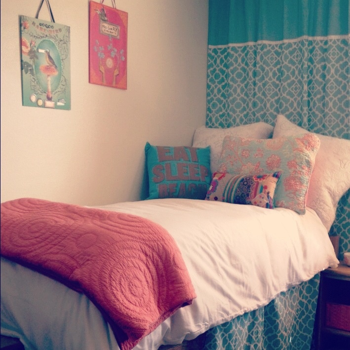 17 Best images about College Baby on Pinterest  Dorm  ~ 152254_Dorm Room Ideas Teal