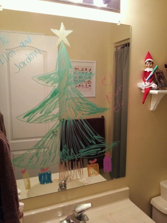Elf leaves kids a note on their bathroom mirror