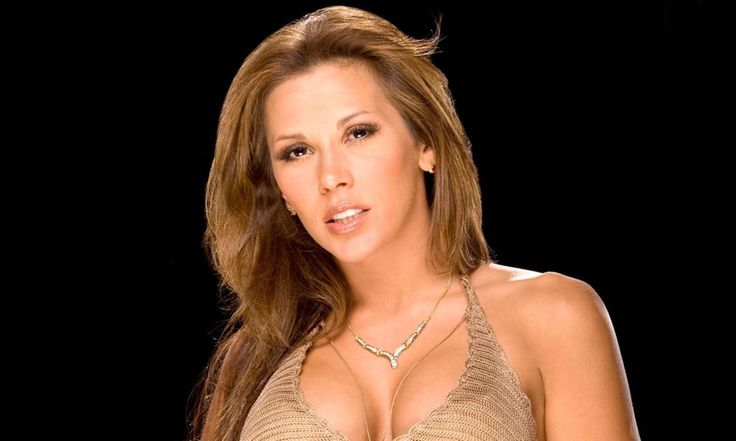 Mickie James on returning to WWE and possible match with Charlotte Flair