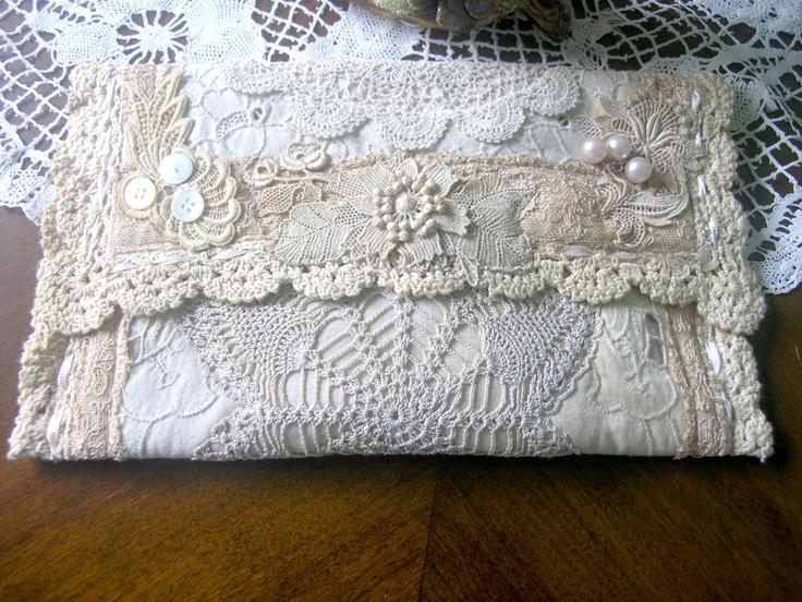 Lace purse: Bags Purses Containers, Artists, Lace Crochet Bags Purses, Gail Schmidt, Lace Clutches, Cottages Studios, Crochet Purses, Lace Purses, Shabby Cottages