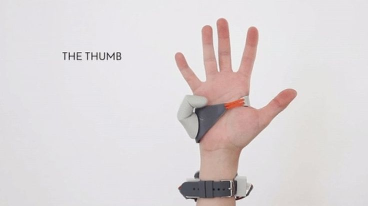 The Third Tumb: quel dito in più che potenzia le nostre abilità