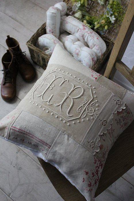 """Antique linen cushion cover monogram ER remake"" Kokin-fluffy cloth Coconfouato antique antique antique textile fabric lace fabric [antique &] - cloth -"
