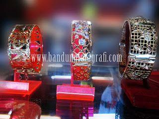 Jasa foto produk jewelry bandung #jasafotoproduk #jasafotokatalog #bandungfotografi #fotografibandung #jasafotoperhiasan #jasafotojewelry