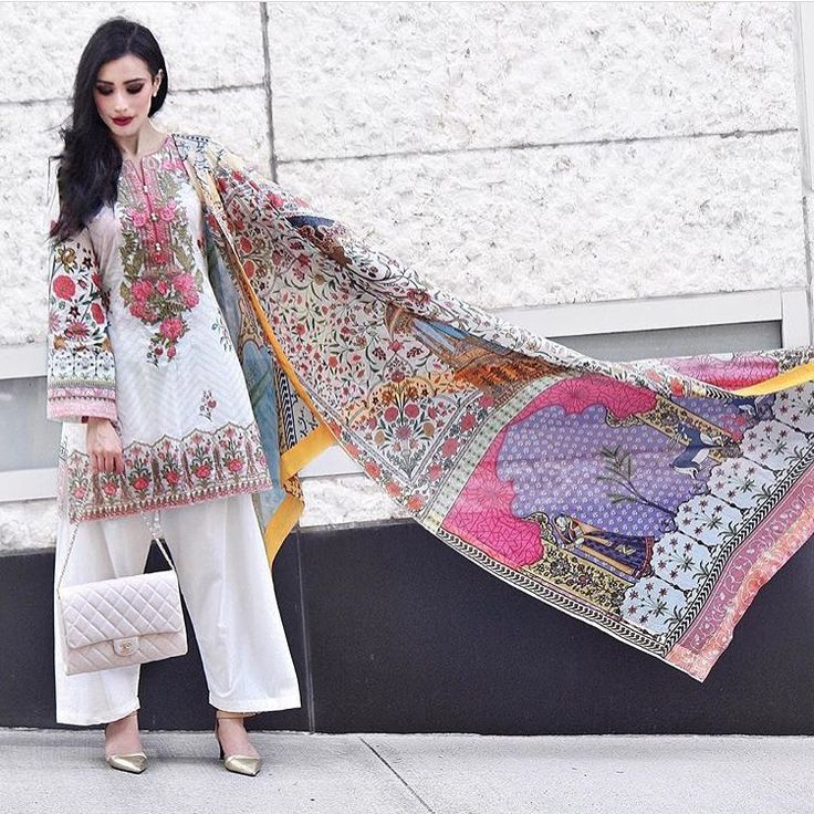 "3,247 Likes, 6 Comments - Pakistan Street Style (@pakistanstreetstyle) on Instagram: ""#Repost from @sunia___ Remember to tag us in your Eid pics or use the hashtag #PSSEID for a chance…"""