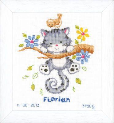 Broderipakning - vægbillede - Vervaco - Katten Florian Str. 20 x 22 cm Broderes med korssting på hvid Aida med 5,4 tråde pr. cm. Pakningen indeholder instruktion, billede, stof, mønster og mouline garn samt en nål. Varenr. PN-0146276