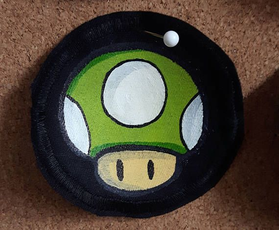 Hand-painted green mushroom patch by @fauvebcreations :) You can purchase your own on Etsy :D