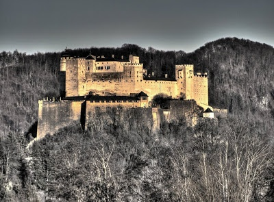 Hohensalzburg castle, Saltzburg, Austria photo by Bernhard Siegl http://burtn.deviantart.com/
