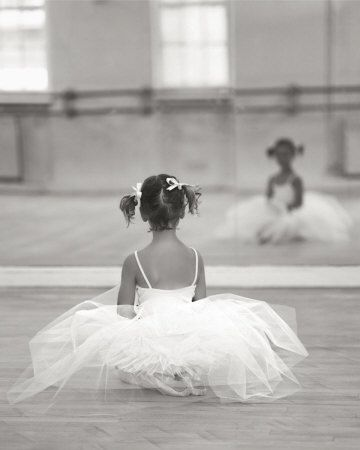 Sweet, sweet, sweetLittle Girls, Photos Ideas, Little Ballerinas, Ballet Pictures, Dance Pictures, Sweets Girls, Baby Girls, Tiny Dancers, Flower Girls