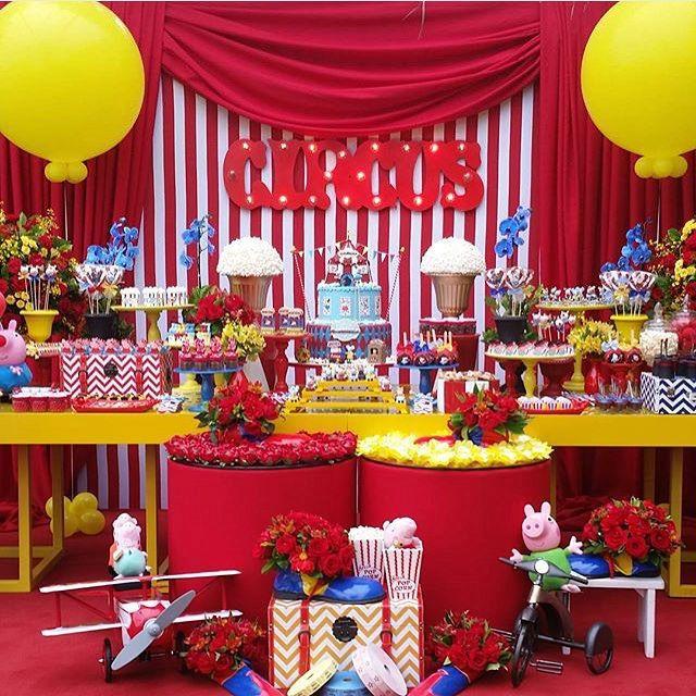 Festa Circo da Peppa linda e divertida, adorei! Por @rachelmgomes  #kikidsparty