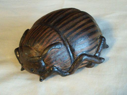 Jeo: Escarabajo joyero
