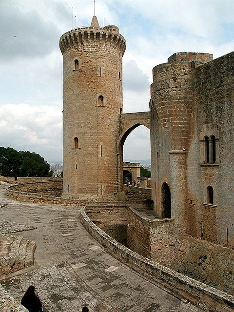 Castillo de Bellver, Mallorca, Spain. You can take the turistic bus to arrive there. Great views!! Do not imagine and come!