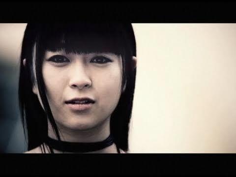 ▶ 宇多田ヒカル - Be My Last - YouTube This video made me cry...
