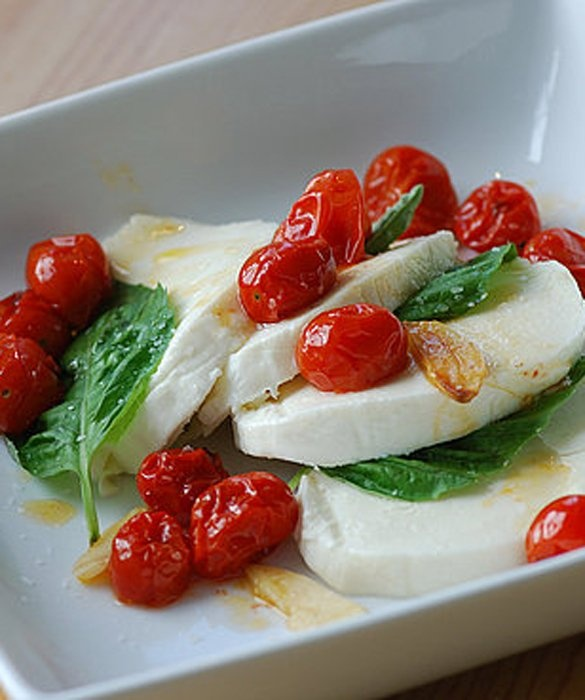 Caprese Salad: Low Carb Snacks, Caprese Salad, Healthy Snacks, Lowcarb, Capr Salad, Healthy Low Carb, Snacks Ideas, Healthy Food, No Breads