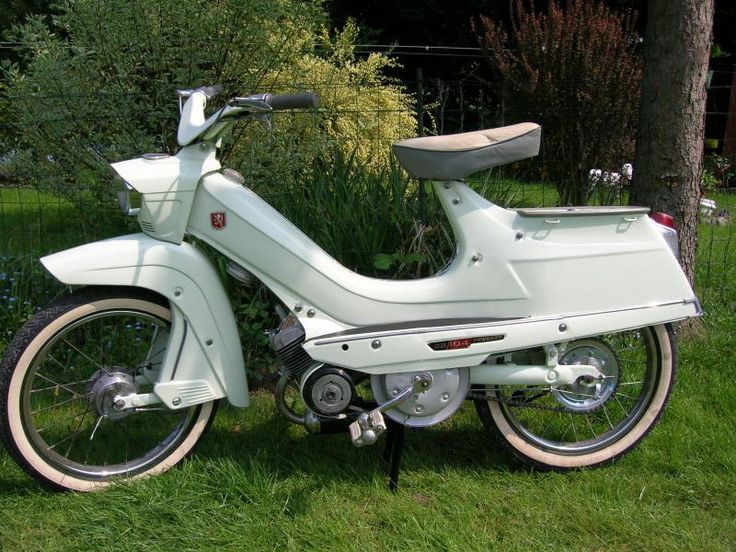 Vintage mopeds 11