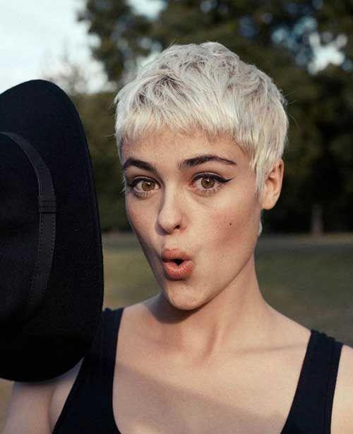 Must-See 20 kurze Ideen für kurze Haare für stilvolle Damen # Damen # Haar # Ideen