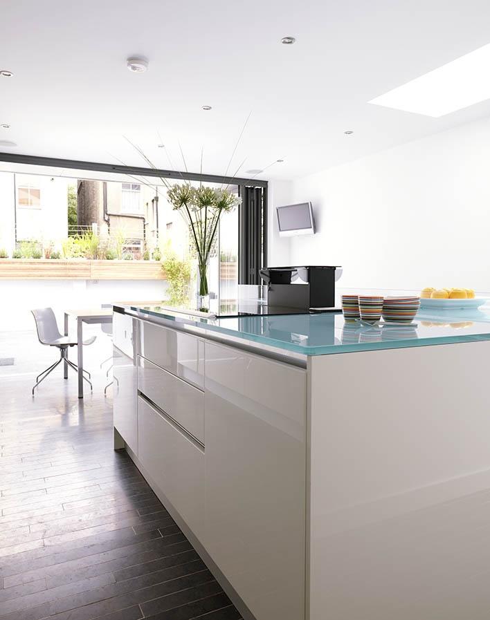 glass worktop Howdens kitchens, House styles, Kitchen