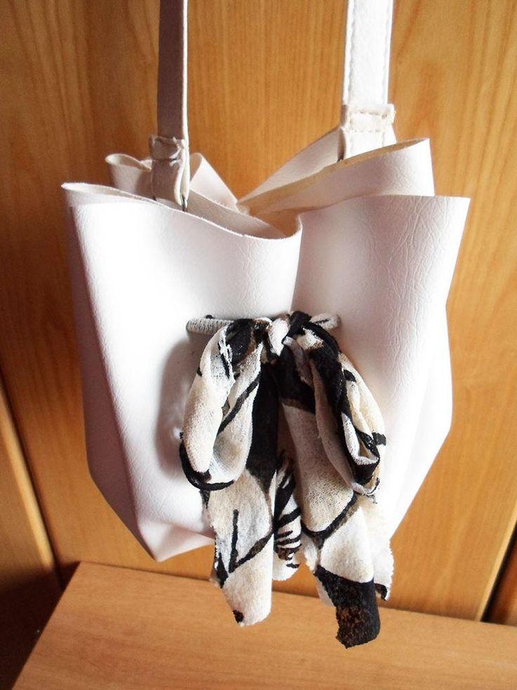 DIY Bags: DIY No Sew Handbag