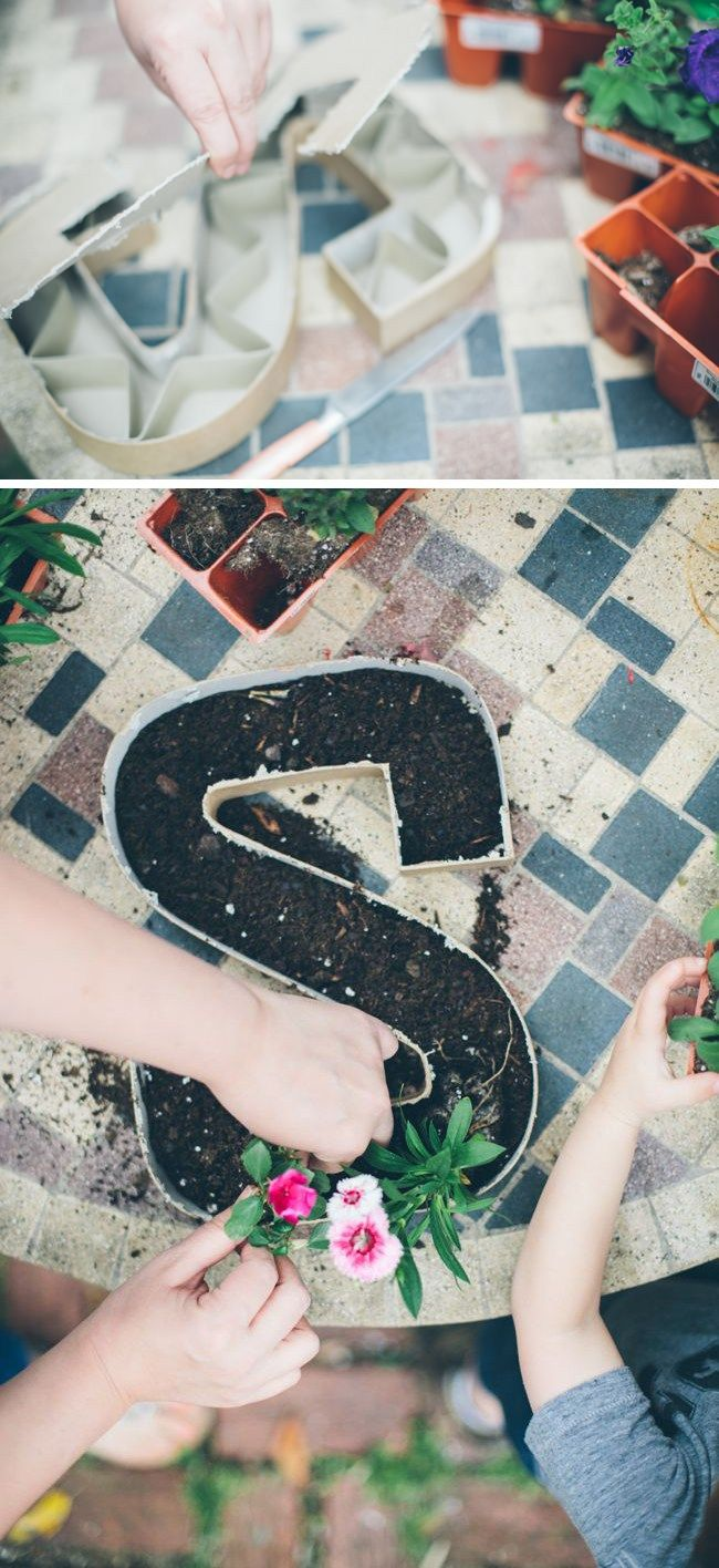 How to make letter planters.
