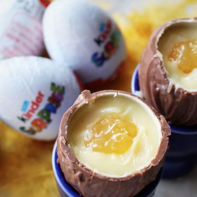 Kinderägg är gott. Till påsk är det ännu godare att fylla dem med vit choklad och lemon curd. Kolla in detta goda och enkla recept.