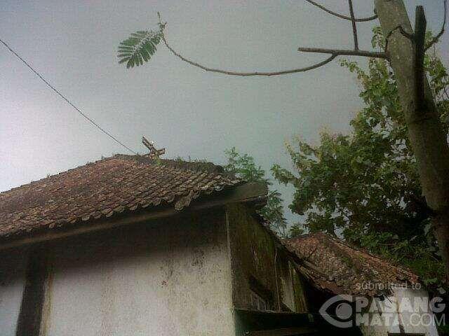 15.55 WIB Mendung 'Singgah' di Jln Jendral Oerip, Purworejo • #Cuaca   PasangMata