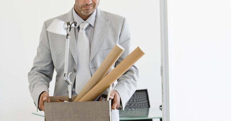 Como elaborar uma carta de contratação permanente. Se você estiver trabalhando como substituto ou temporário em uma empresa e sente que merece ser considerado para uma contratação permanente, a maneira mais adequada de fazer essa solicitação é por meio de uma carta comercial formal. Ao elaborar sua carta, utilize as regras-padrão de formatação das cartas comerciais e elabore-a de forma breve e ...