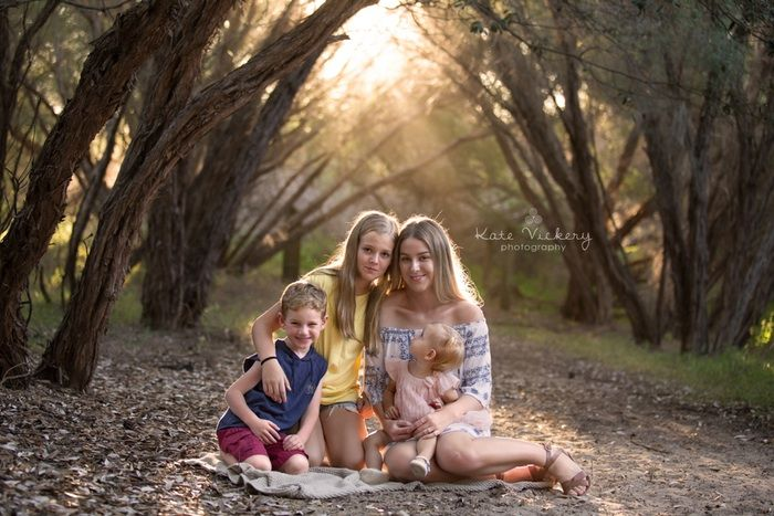 Family photography, siblings, family, family poses, brothers and sisters, kids, children, Kate Vickery Photography