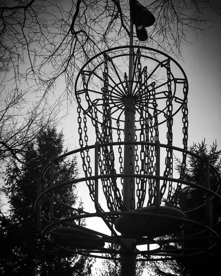 Disc golf at Burchfield Park in Holt, MI 1/1/17
