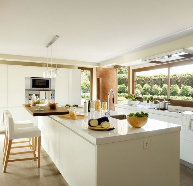 M s de 25 ideas incre bles sobre cocinas de madera clara for Cocinas claras modernas
