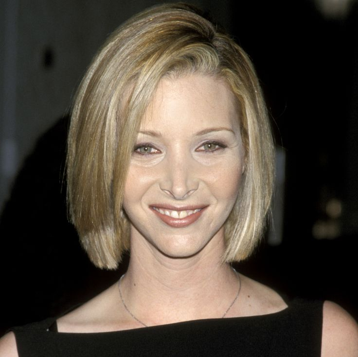 Lisa Kudrow's Changing Looks | Bob hairstyles, Asymmetrical bob ...