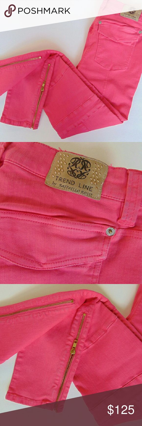 Raffaello Rossi Trend Line Collection Sinty Jeans These moto inspired slim leg jeans are from the Raffaello Rossi Spring/Summer 2016  collection. European Size 36. Raffaello Rossi Jeans Skinny