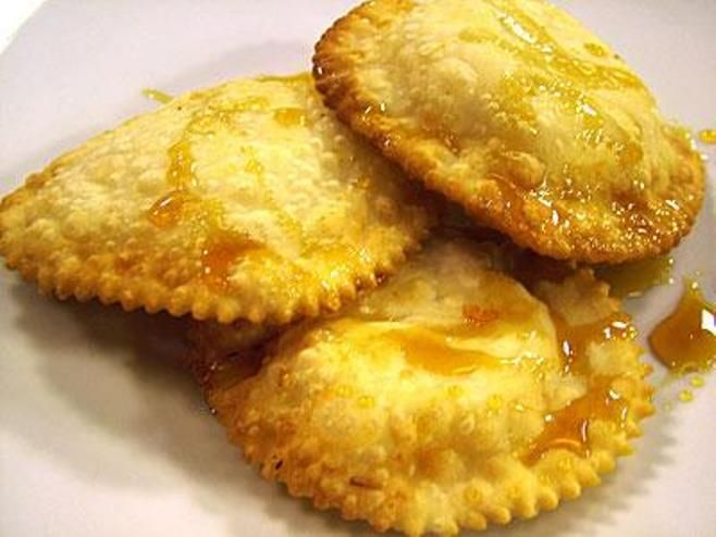 The delicious Seadas with local Honey. Have to try #Sardinia #Gallura #Sweets