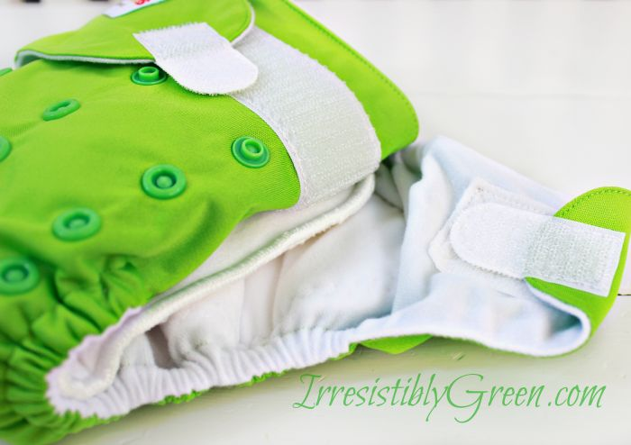 A closer Look: Ones&Twos Onse Size Cloth Diapers