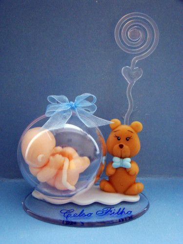 Bola em acrilico com o bebe dentro simulando o ventre materno. Inédito,fofo…
