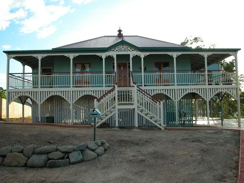 Google Image Result for http://www.traditionalqueenslanders.com.au/gallery/Queenslander/large/5.jpg