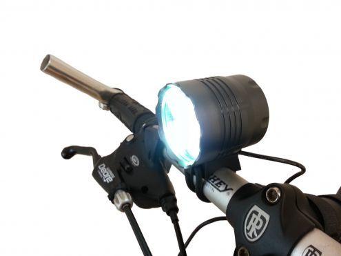 Potentissimo faro 6000 lumen bici mtb moto 5x LED L2 10 … - sport - tempo libero Verona