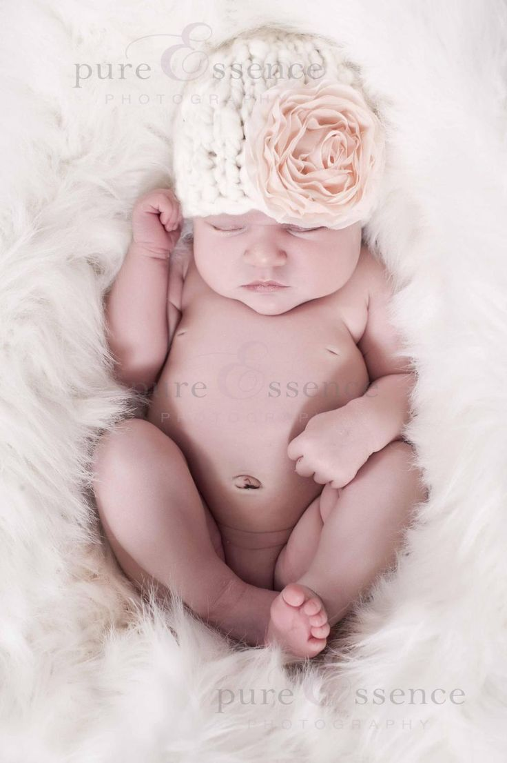 Knit Baby Hat Pattern - This is such an easy knit! I just need to find some nice bulky Merino wool!