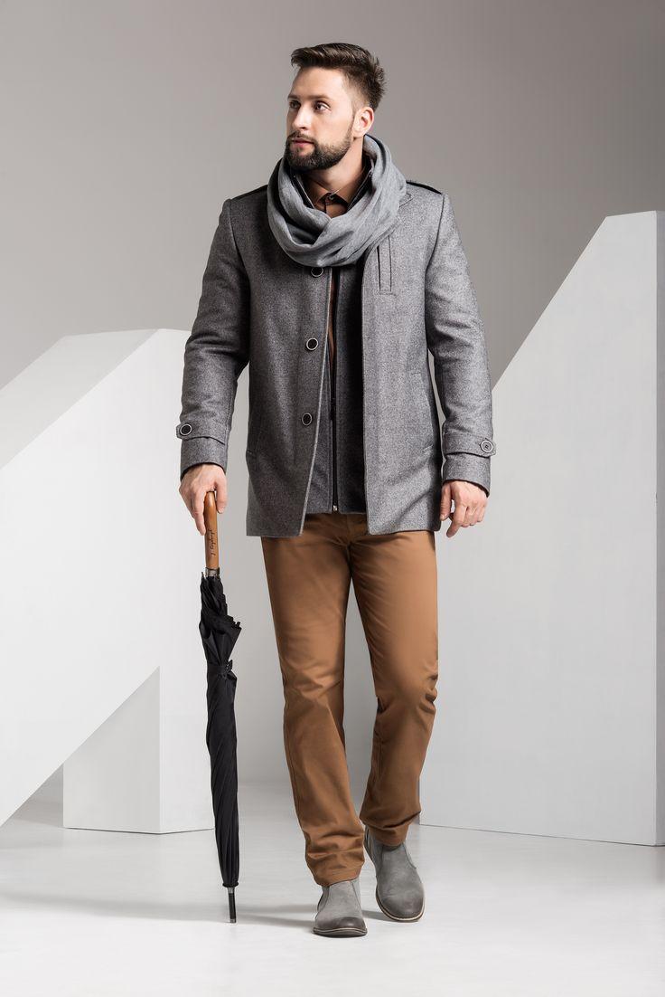 Przedstawiamy płaszcz w eleganckiej, nowoczesnej formie jesień/zima 2015 r. W skład materiału wchodzi wełna z domieszką kaszmiru, który nieodmiennie kojarzy się z elegancją i luksusem,a zarazem da gwarancję ciepła oraz sprawi iż płaszcz jest lekki i wygodny. #jfryderyk #j #fryderyk #kaszmir #płaszcz #coat #moda #męska #men #fashion #mensfashion