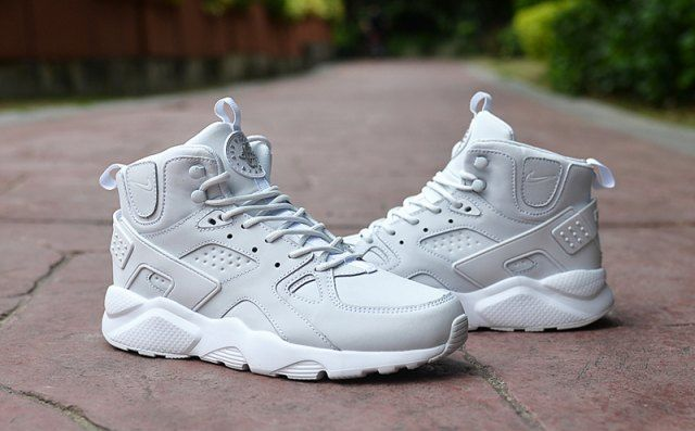 77424e353daee Classic Men s NIke Huarache High Top Cushion Running Sports Shoes All White