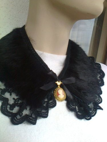 ' Black Peter Pan leather fur collar necklace with cameo' is going up for auction at 11pm Thu, Aug 15 with a starting bid of $15.