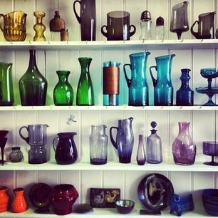 Coloured glassware