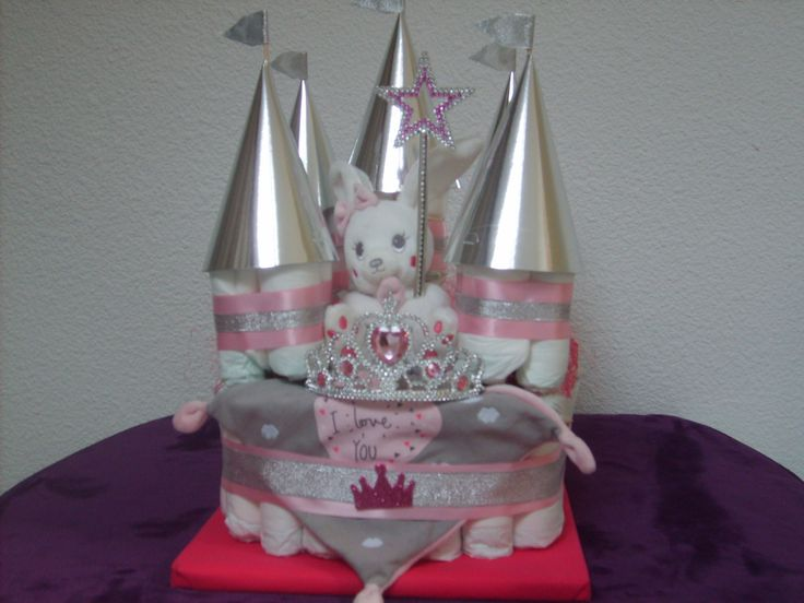 """gateau de couches """" chateau de princesse """" : Décoration pour enfants par creamamys"""