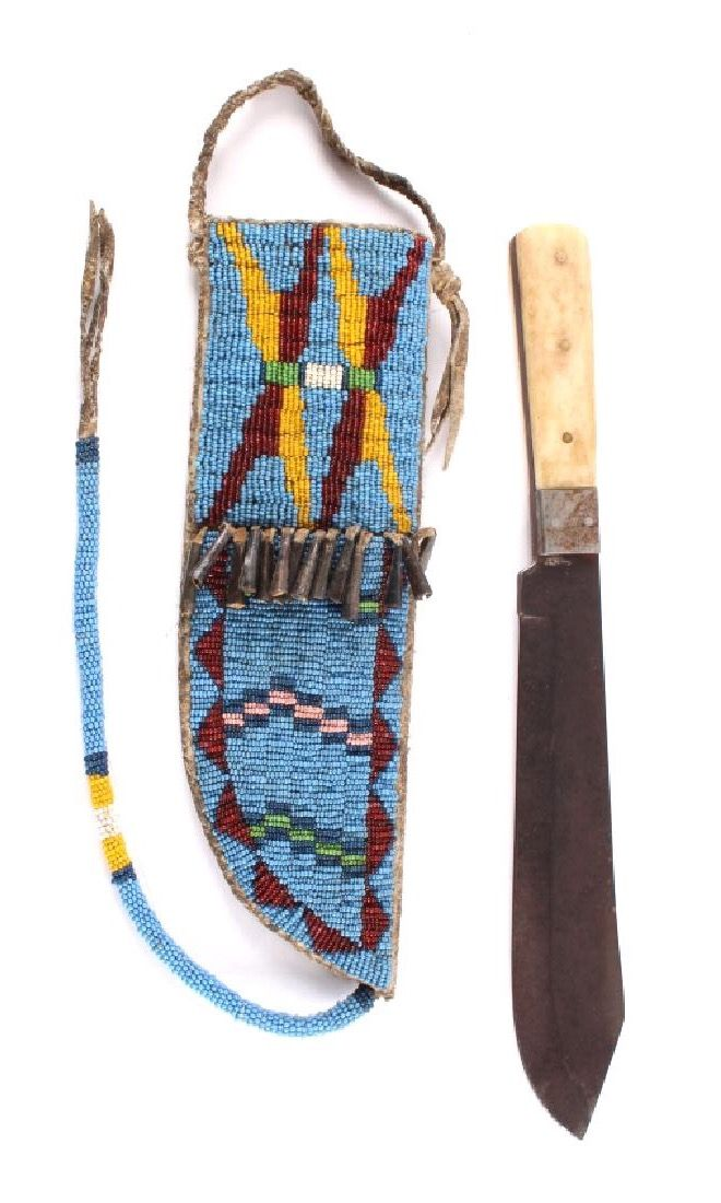 Sioux Beaded Sheath & J. Russell Bowie Knife 1840.   North American Auction Company Bozeman, MT. Февраль 2017. Native American, Firearms, Western Auction.