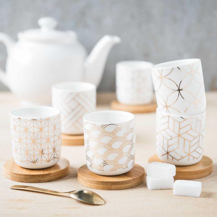 Set mit 6 Tassen und Untertassen aus Porzellan