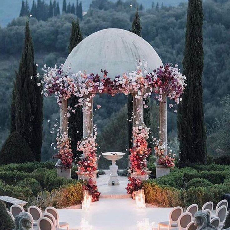 """Mi piace"": 7,146, commenti: 50 - Pnina Tornai (@pninatornai) su Instagram: ""Dreaming of saying ""I do"" in this beautiful setting. Via @strictlyweddings"""