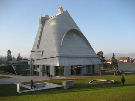 Le Corbusier | ARTS PLASTIQUES: Architecture sacrée et lumière : LE CORBUSIER
