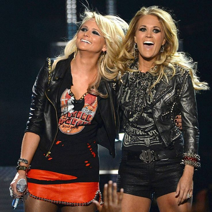 You can make love to Miranda Lambert or Carrie Underwood. Who do you choose?